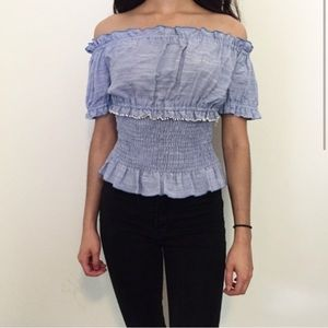 Zara NWT ruffle crop top with lettuce edge